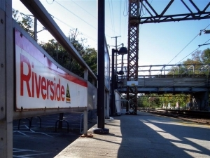 jb-moving-services-greenwich-moving-company-riverside-train-station